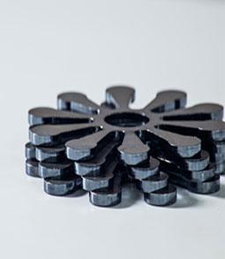 金属激光切割机设备在行业当中的应用