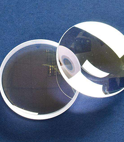激光切割机的聚焦镜应该怎样去选择?